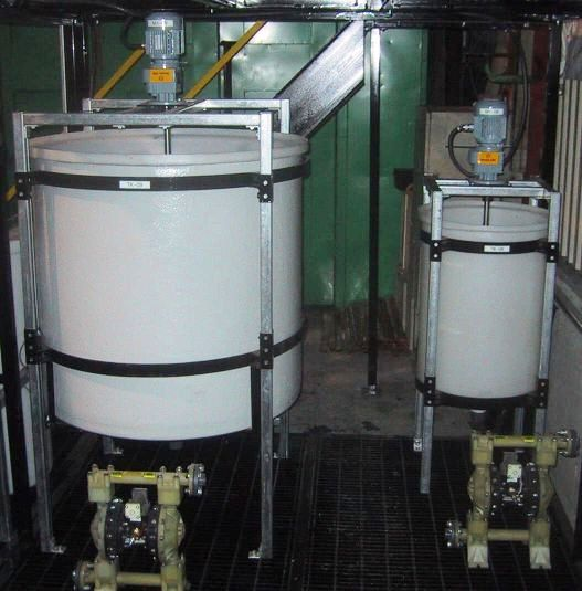 Crud treatment tanks for a solvent extraction pilot plant process.